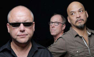 WATCH: Pixies – 'Greens and Blues'