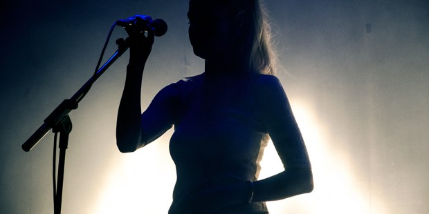 London-Grammar-01.jpg