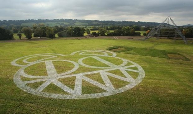 Radiohead Finally Confirmed For Glastonbury 2017