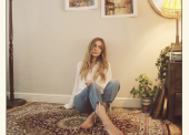 WATCH: Sophie Morgan – 'Hey Annie'