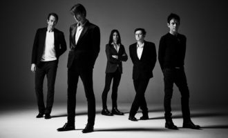 Suede To Tour 'Coming Up'