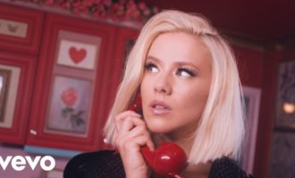 WATCH: Dagny 'Come Over'